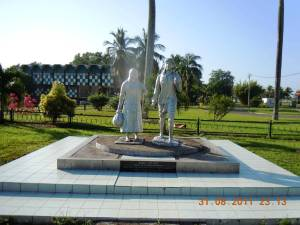 Baba-Mai statue-Paramaribo-Suriname