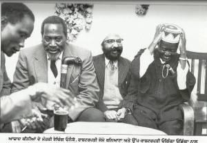 Comrade Makhan Singh with Kenyan President Jomo Kenyatta, Vice President Odinga Odinga and minister Etching Oneko after Independence Vice President