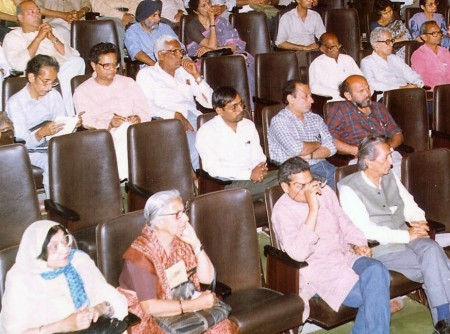 Beech ka raasta nahin hota release-25-3-1989-Triveni-Delhi