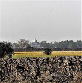Kartarpur Gutdwara in Pakistan-seen with bioscope of with high power camera